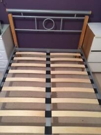**QUEEN SIZE BED FRAME**GOOD CONDITION**