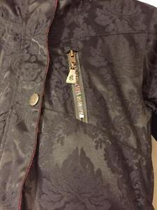 GIRLS DESIGNER SNOWBOARD JACKET XS ASKING $30 Cambridge Kitchener Area image 2