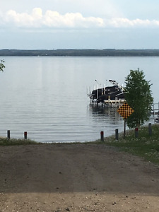 Wabamun Lake Lot - Enjoy the Summers now and for years to come!