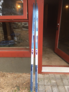 Rossignol Advantage Cross Country Skis