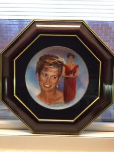 """Collectible Plate """"Forever Diana"""""""