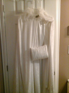 Wedding dress with crushed velvet cape and hand warmer