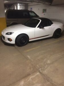 2013 Mazda Miata prht for sale....
