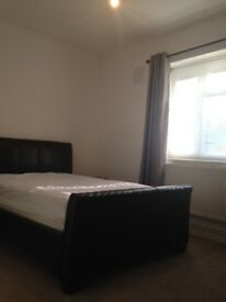 Single room Clapham available NOW 175£