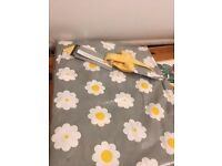 Kitchen Craft Retro Flower Apron - New in packaging - £5