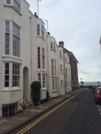 Beautiful large room in Kemptown, just off seafront, ensuite bathroom, £750 pmth