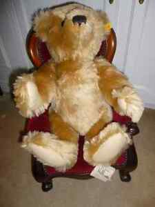 Large Superb Mohair Steiff Teddy Bear - Like New Condition London Ontario image 2