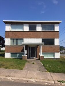 West Side Bachelor Apartment Available ** Great Location**