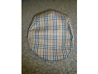 Men's hat one size in perfect condition-post it