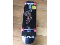 Avigo Skate board 31 inch
