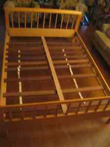 SOLID HARDWOOD QUEEN BED complete with SUPPORT RAILS