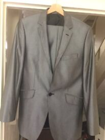 """Robert Simon suit in very good condition size 36"""" ,the trouser 30"""" grey stripe colour"""