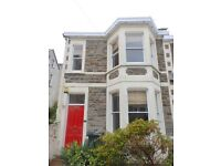 STUDENT PROPERTY-5 bed house in Cotham.5 double bedrooms,separate lounge,kitchen and conservatory
