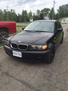 2005 BMW 325i SPORT fully loaded for sale!