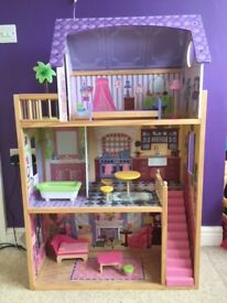 KIDKRAFT Dolls House Large Wooden Dollhouse fits Barbies
