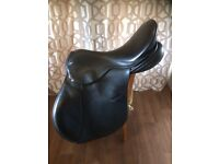 Frank Baines Zenith GPJ 8X Saddle with full set of pads.