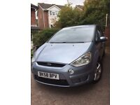 "Ford S MAX Metallic Blue, 2 Owners, 58 Plate, Full leather, long MOT, 17"" Alloys,roof&tow bars"