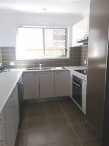 Modern & Spacious 3 Bedroom Townhouse with Active NBN Bald Hills Brisbane North East Preview