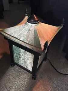 UNIQUE CHINESE TABLE LAMP