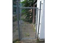 Mesh Gate with Two Poles