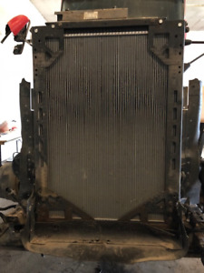 Radiator with mounting frame for 2009 Kenworth T660