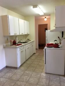 Bright Top Floor 2 Bedroom Apartment Available!Call 306-314-0155
