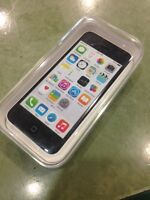 selling apple iphone 5c 16gb for bell/virgin