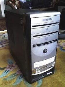 eMachines 3000+ Computer w Windows7