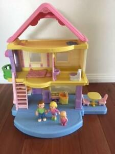 Fisher Price My First Dollhouse With Family Accessories Toys