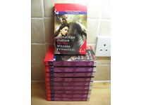 Mills & Boon Intrigue 2 in 1 paperback