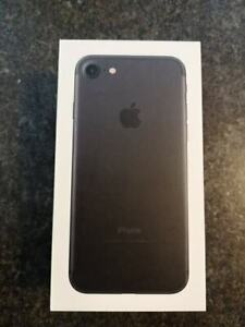 iPhone 7, 32 gb with box and all accessories