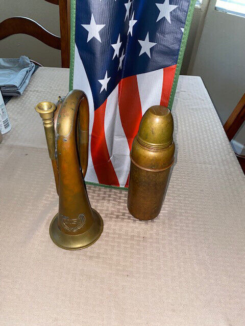 LOOK AT THIS RARE BRASS AND COPPER US BUGLE! WITH A COPPER THEMOS !