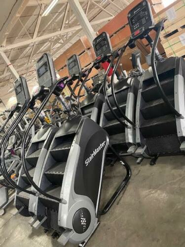 Stairmaster 8 Series LCD Console Gauntlet Stepmill MAKE OFFER!!
