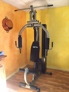 Exerciseur multi station Club Pro