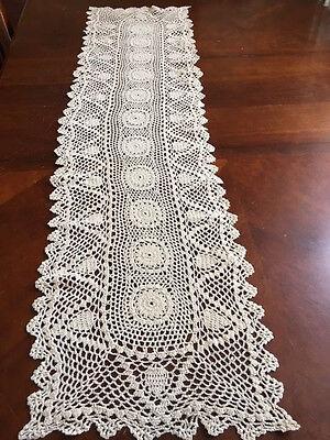 Vntage Handmade Crochet  Cotton Table Runner Desktop Decor Cover Gift