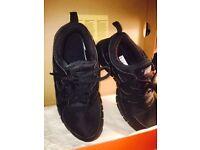 Fashionable Nike Trainers, Size 5 Black, Brand New, Boxed, Boys/Girls, Free Run