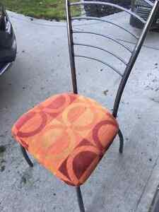 Kitchen Table and Four chairs Regina Regina Area image 2
