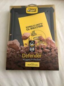 Otterbox Defender - iPad Protective Case