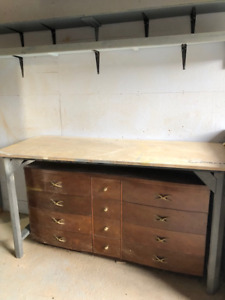 "work bench, steel legs, plywood top, 72"" (L) x 30"" (D) x 29"" (H)"
