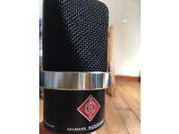 Neumann TLM 102 - In perfect condition with box
