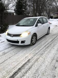 2009 NISSAN VERSA SL , TOIT OUVRANT ** MAGS** FULL