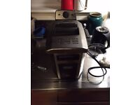 De Longhi easy clean fryer with timer in 2000W
