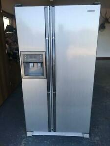 Samsung 585L Stainless Steel Side by Side Fridge Freezer