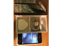 Apple iPhone 4-8gb-Black-Mint Con-Boxed-On EE-Only £40