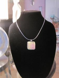 Collier en verre collection Element Bonaire -NEUF