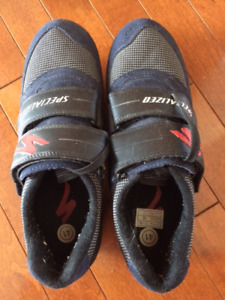 Specialized bike shoes and clipless pedals