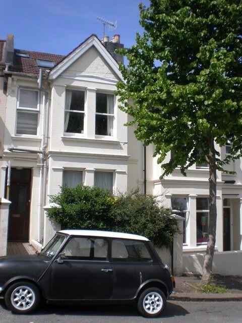 7 Bedroom Student Property in the Popular Elm Grove Area, Bernard Road (Ref: 723)