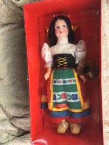 NEW IN BOX Italian vintage souvenir doll 50's or 60's