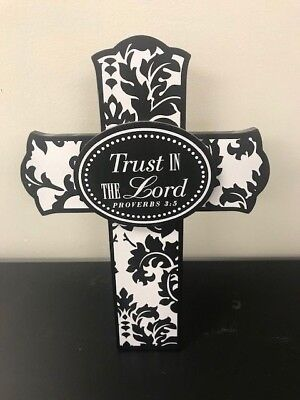 PROVERBS 3:5 TRUST IN THE LORD CROSS, SCRIPTURE CARD HOLDER & BOX, BLACK & WHITE