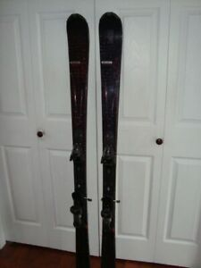 Ladies Skis for Advanced Beginner to Intermediate $250 REDUCED